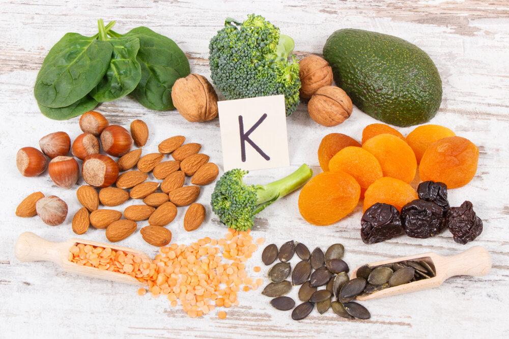 k-vitamin-avakado-badem-findik
