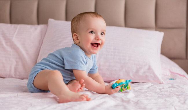 11 aylık bebek gelişimi.